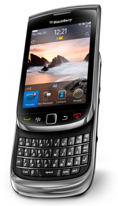 blackberry-torch_bottomangle_baja1