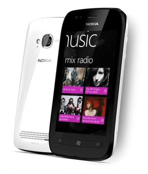 1200-nokia-lumia-710_whiteblack-508x600