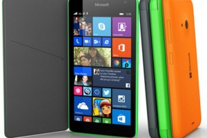 Microsoft-Lumia-con-Windows-Phone-8