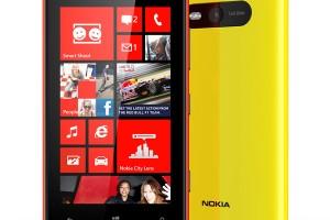 Nokia-Lumia-820-011