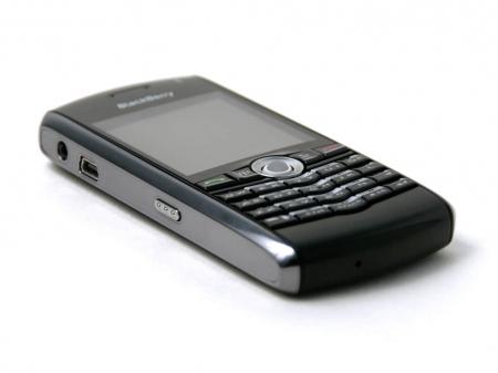 img_1964_rim-blackberry-pearl-8100-2_450x360
